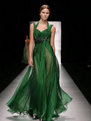 Зеленое платье 2016: фото модных моделей и сочетаний