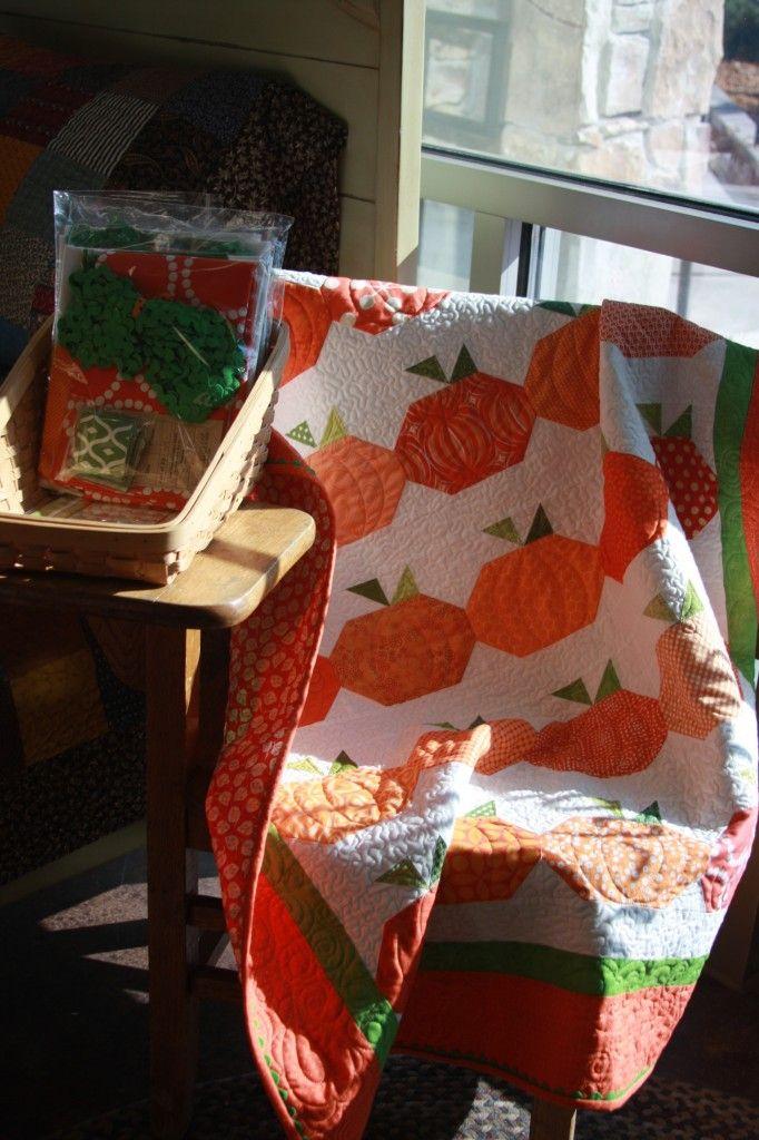 Cute pumpkin quilt at American Quilting shop