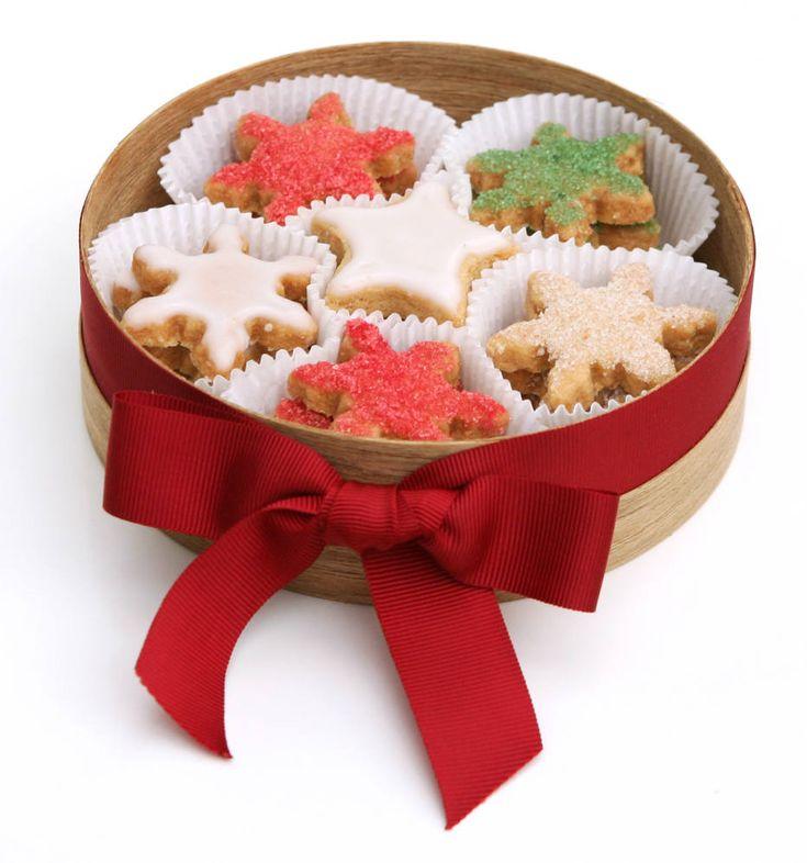 Felipe Rau/Estadão - Bonitos e saborosos, os biscoitos de Natal agradam adultos e crianças. O mais legal é que cores e formatos podem ser personalizados para cada pessoa da família ou do grupo de amigos.Veja a receita e divirta-se na cozinha.
