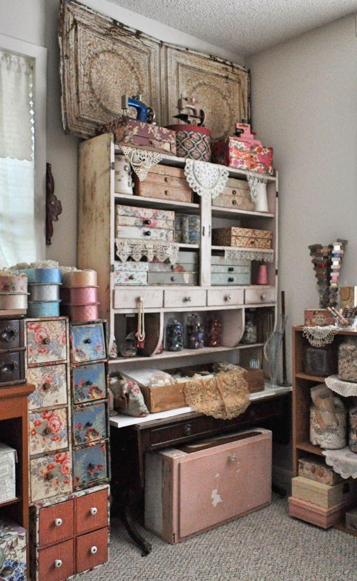 25+ unique Craft studios ideas on Pinterest   Craft rooms ...