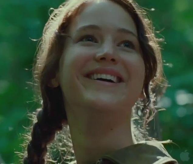 Katniss is smiling!!! | ♡Funny/Random♡ in 2019 | Katniss ...