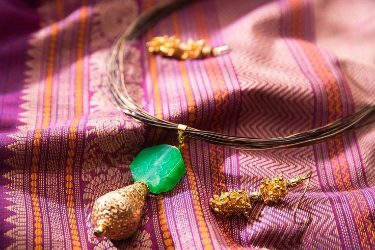 Gorgeous purple Kanchi cotton, set against striking handmade brass jewellery http://www.parisera.com/products/pairing-0009/25568/?cid=308