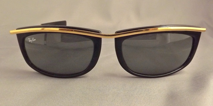 vintage ray bans: my go to for summer