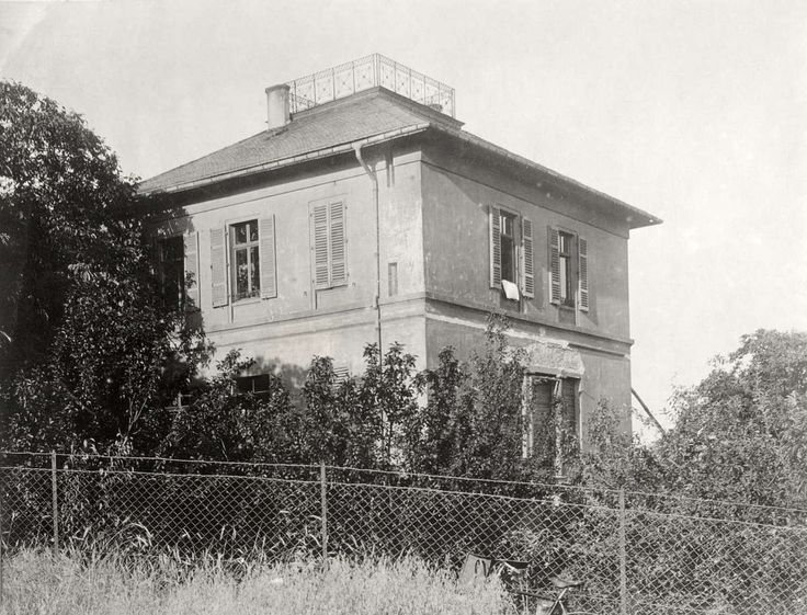 Sterfhuis van Multatuli (alias van Eduard Douwes Dekker, 1820-1887), in Nieder-Ingelheim. Duitsland, 1920.