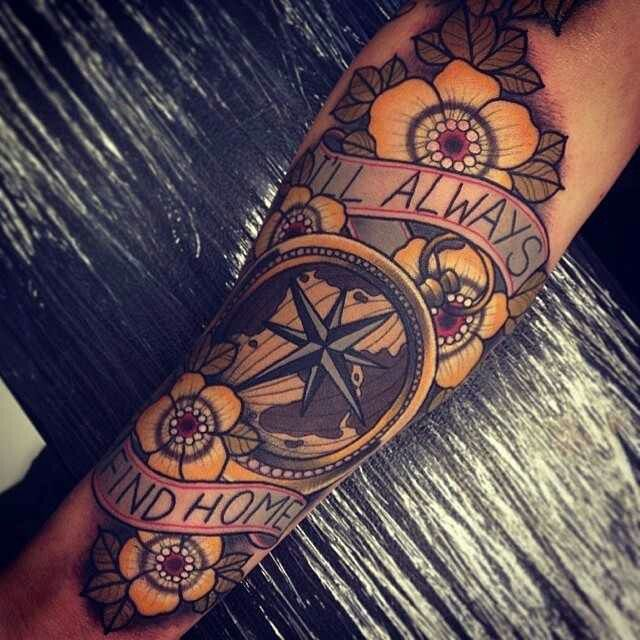 Traditional Compass Tatoo: 56 Best Compass Tattoos Images On Pinterest