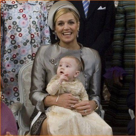 2008 Princess Maxima with princess Ariane.