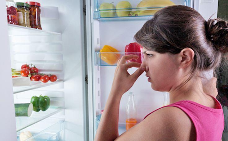 Dacă te confrunți cu problema mirosului neplăcut din frigider, nu te îngrijora! Există o serie de produse naturale care te vor ajuta acolo unde cele din comerț dau greș.