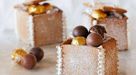 Gingerbread boxes for presents
