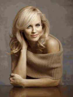 Jenny McCarthy good front layers