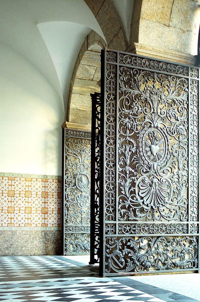 são bento | Entrada do Mosteiro de São Bento, expressão máxi… | Flickr