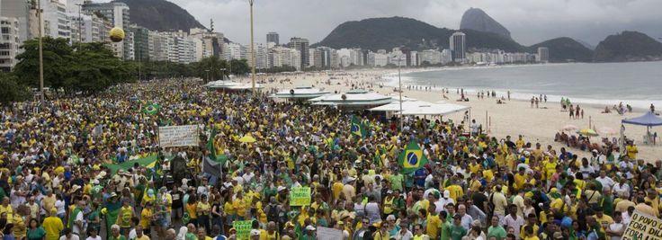 Manifestação 1303 pede Impeachment de Dilma