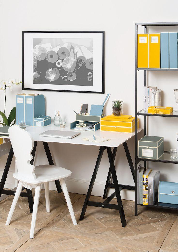 """Možnost barevných variant v kombinaci s čistým designem při vybavování pracovního koutku vždy oceníme. Barvy """"sluší"""" dětem, studentům i dospělým."""