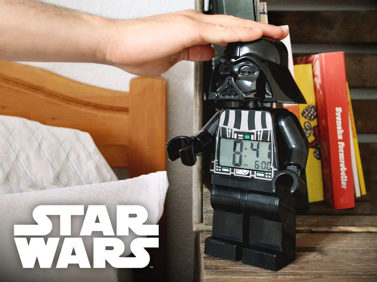 Of course a must have! Alarm clocks in the form of Yoda, Stormtrooper, Darth Vader and Anakin Skywalker! Star Wars <3