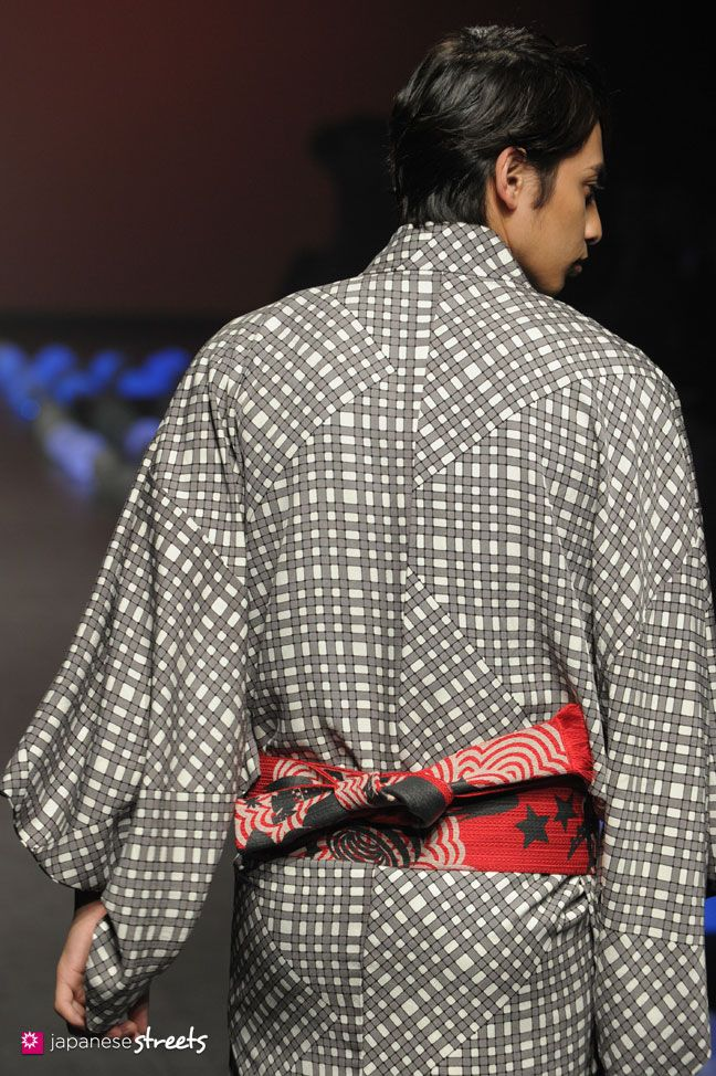 FASHION JAPAN: JOTARO SAITO SANSAI SAITO S/S 2015 (Japan Fashion Week)