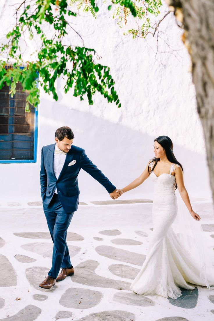 beautiful couple after their wedding in Sifnos