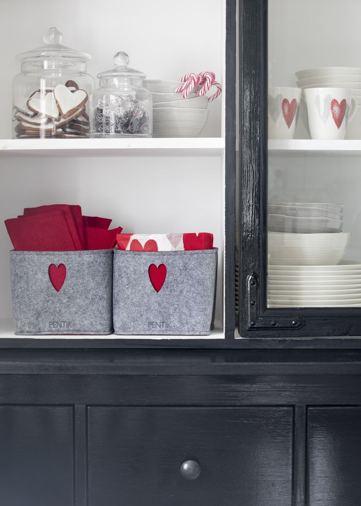 Sydän Basket | Pentik Christmas 2017 | Sydän (Heart) baskets help keep your home tidy. The basket is made of felt-like polyester.