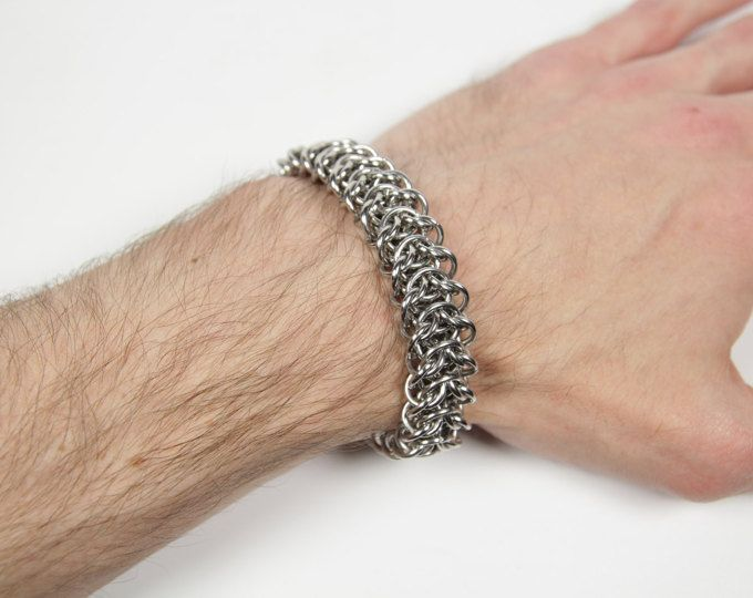 For men and women who love the hardware store, or just love unique jewelry, this bracelet incorporates stainless steel washers into the chainmail Vertebrae weave. This bracelet is very flexible and comfortable to wear. Stainless steel jump rings hold the washers in place, and a large stainless steel lobster claw is the clasp. Bracelet size: Please choose a size at least 1/2 inch (1.3cm) larger than your wrist measurement from the drop down menu. Width: 3/4 inch Thickness: 1/4 ...