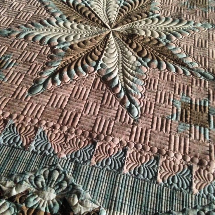 GOOD GRIEF ......WHAT BEAUTIFUL QUILTING...........Phyllis's quilt