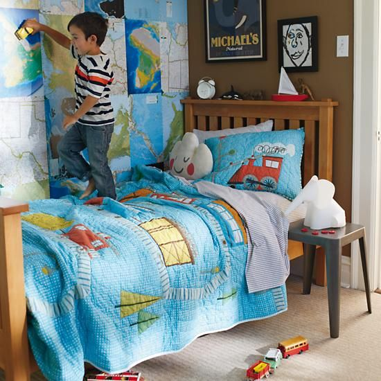 11 best images about train bedding for boys on pinterest blue train quilt and toddler bed for Toddler train bedroom