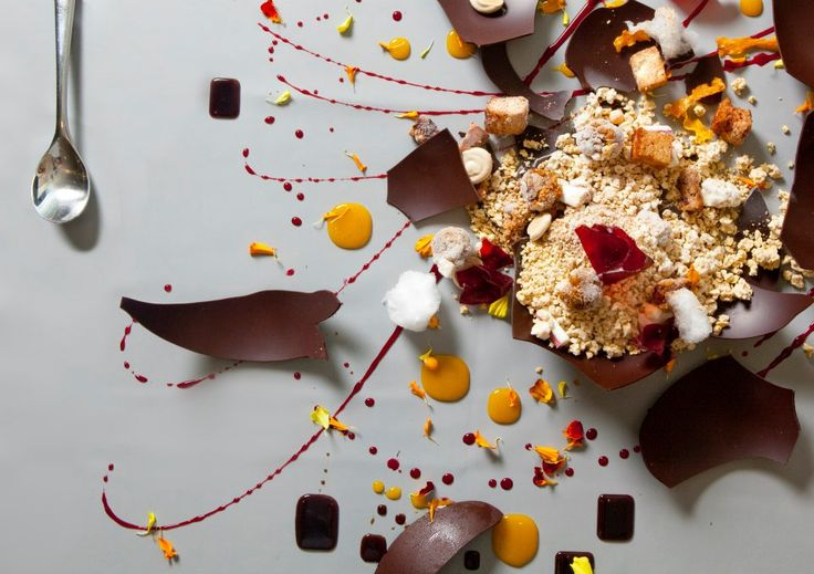 Grant Achatz -- owner/chef of Alinea in Chicago -- Food that is art!
