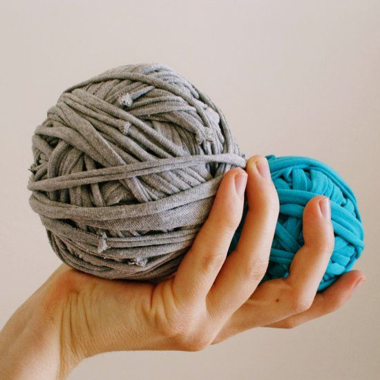 How to make t-shirt yarn. Tutorial with many pictures.