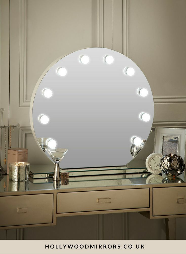 best 25 hollywood mirror with lights ideas on pinterest hollywood lighted vanity mirror. Black Bedroom Furniture Sets. Home Design Ideas