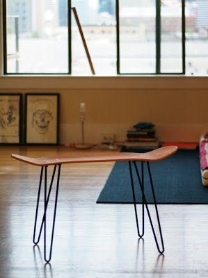 Gil: SKATE, móveis e objetos com shape de skate, até prateleiras