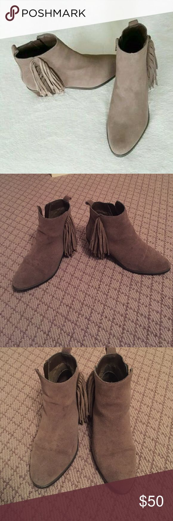 Steve Madden Skirty Bootie Steve Madden Skirty Bootie in suede taupe. Good condition! Size 5. Steve Madden Shoes Ankle Boots & Booties