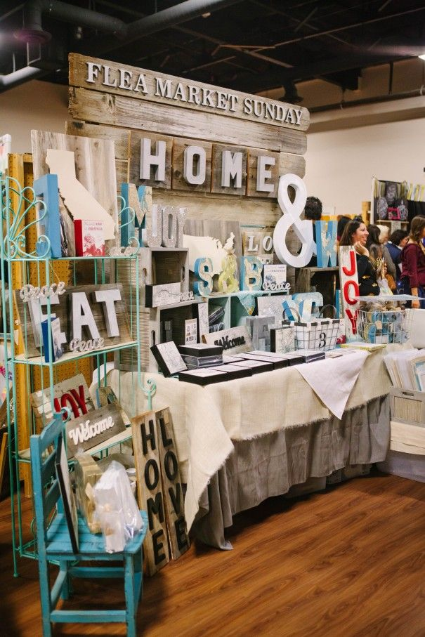 25 best ideas about craft markets on pinterest craft for How to display wood signs at craft show