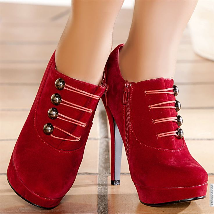 Bottines femme couleur:Rouge taille 38