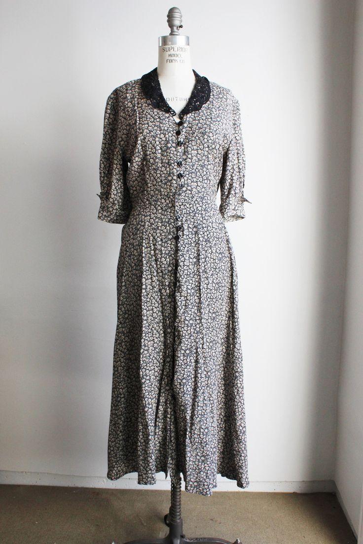 Best 25  Vintage clothing online ideas on Pinterest