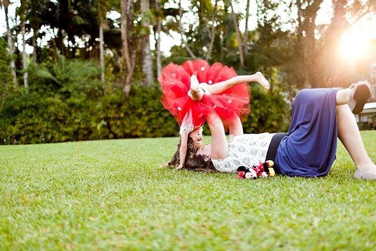 As férias em família costumam render oportunidades para produzir belas fotos das crianças. A seguir a fotógrafa Ana Telma Furtado (www.anatelma,com.br) dá dicas para os pais de como conseguir um bom resultado com a câmera caseira | Do UOL, em São Paulo