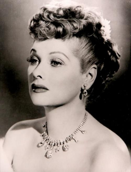 Lucille Ball was once voted the most stylish woman in Hollywood. She was a total nutball and I miss her comedy but did you know how glamorous she was? Look at that fabulous jewelry!