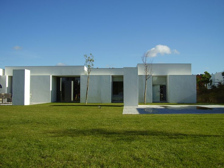 Bom sucesso, in Obidos, Portugal. House designed by Manuel Aires Mateus