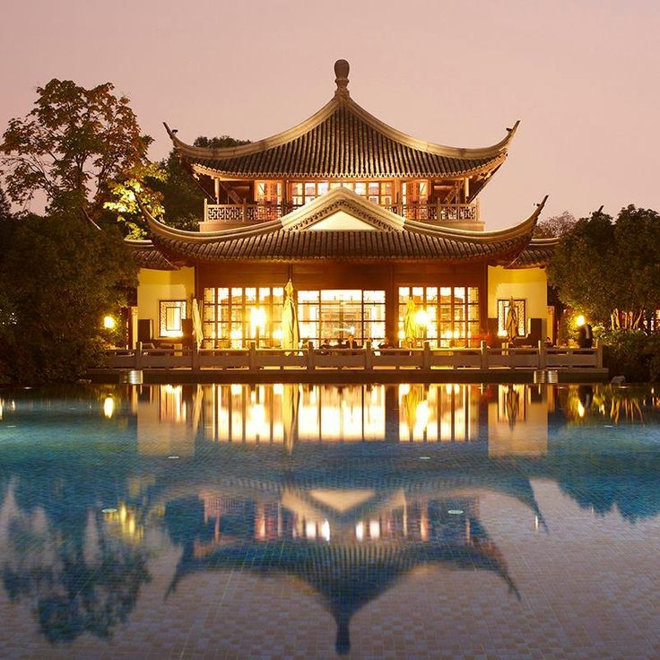 """The Chinese are in an awfully big hurry to get to the future, and they're not wasting any time."" - Stephen Drucker    Pictured: Four Seasons Hotel #Hangzhou at West Lake"