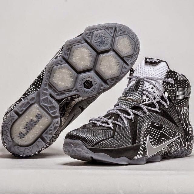 """Zapatilla Nike Lebron XII BHM """"GS"""", zapatillas de chicas y niñ@s en homenaje al Black History Month www.basketspirit.com/Zapatillas-Baloncesto/Zapatillas-Lebron"""