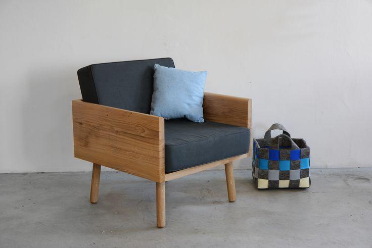 Woodie armchair designed by Grzegorz Korzeń