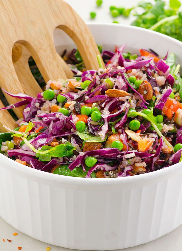 Sweet Chili Quinoa and Wild Rice Salad -- Red cabbage, spinach, almonds and peas are tossed with quinoa and rice in a homemade Thai dressing. #cleaneating #glutenfree #vegan