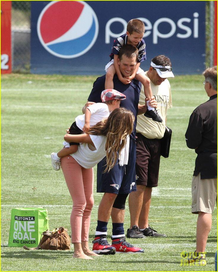 Gisele Bundchen: Training Camp with Tom Brady & Kids!