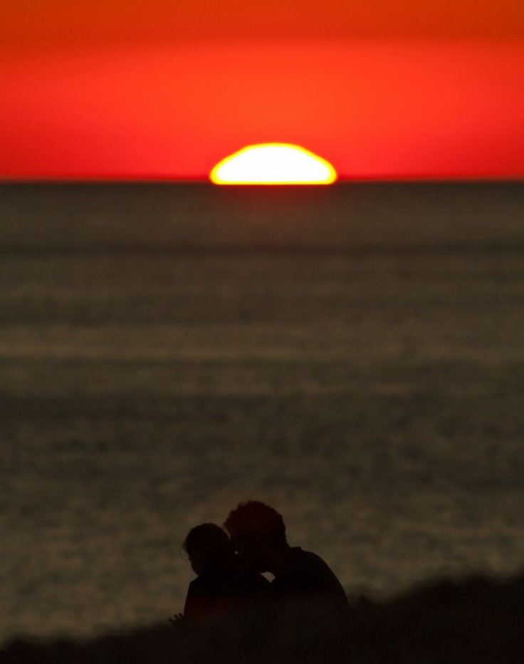 Lying in the sand dunes at Muriwai Beach at sunset and watching the stars come out...  / Credit BrightonPiers on Flickr (CC)