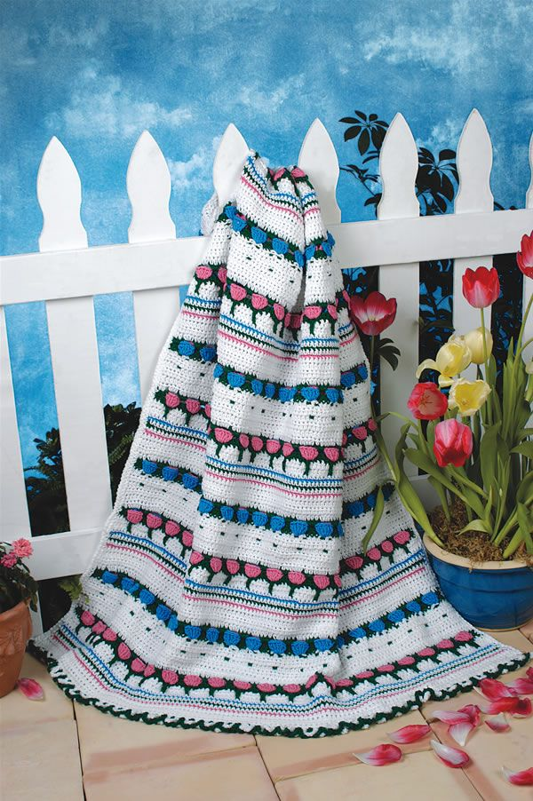 Flowers On The Fence Afghan By Ruth Shepherd - Free Crochet Pattern - (crochet-world):