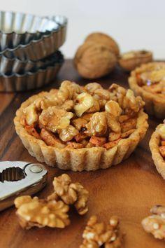 Zoet & Verleidelijk: Appel-walnotentaartjes