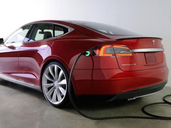 In order to boost the electric car industry, Tesla CEO Elon Musk vowed that the company would not sue when other companies use its patents.