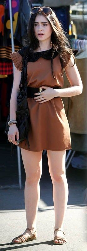 Lily Collins Fashion and Style - Lily Collins Dress, Clothes, Hairstyle - Page 10