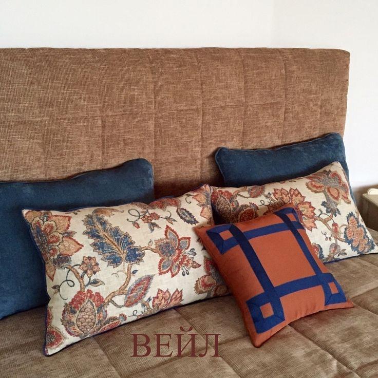завершающий штрих - #декоративные_подушки в тон шторе, #ткань NOBLESSE коллекция BALENSIAGA #galleria_arben Дизайн @kekukhnatalia #спальня