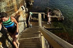 coogee womens pool in Sydney, beautiful Lesbian friendly holiday spot
