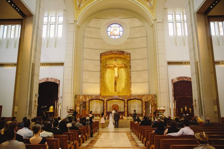 Co Cathedral Of The Sacred Heart In Downtown Houston Wedding Photos Wedding Wedding Photos