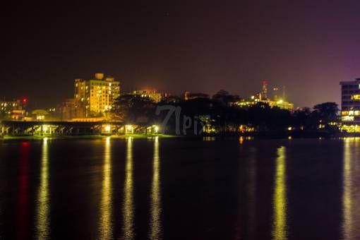 রাতের শহর by Rong on 71pix.com