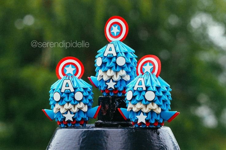 Make Your Own Captain America Mini Origami by serendipidelle