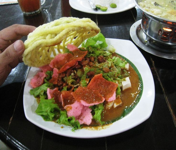 Asinan Betawi (preserved vegetables dish), authentic Betawi (native Jakartans) food served in Sarinah Foodcourt, Central Jakarta, Indonesia.